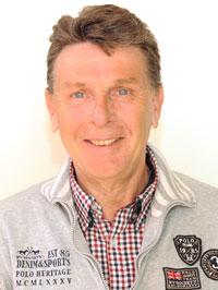 Adri Götz : senior administrateur